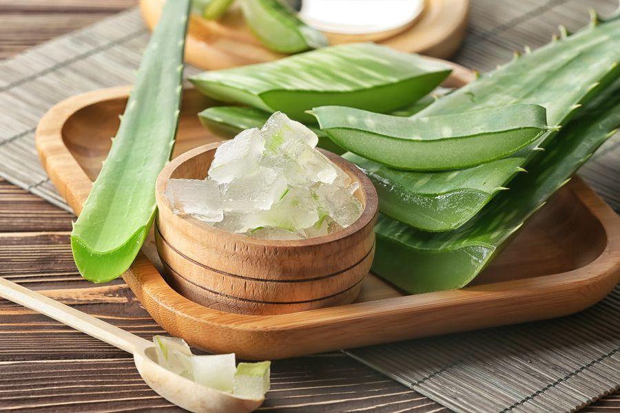 Domowe kosmetyki z aloesem na trądzik i wypryski